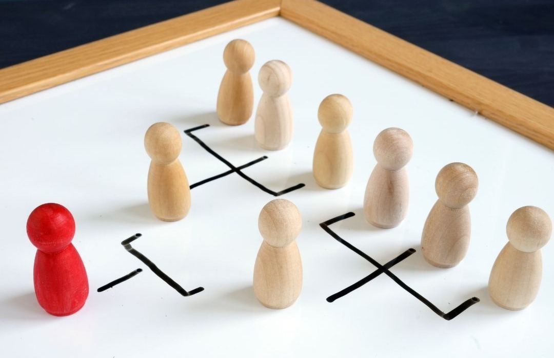 Organisational Structure: Hierarchy or Employee Engagement